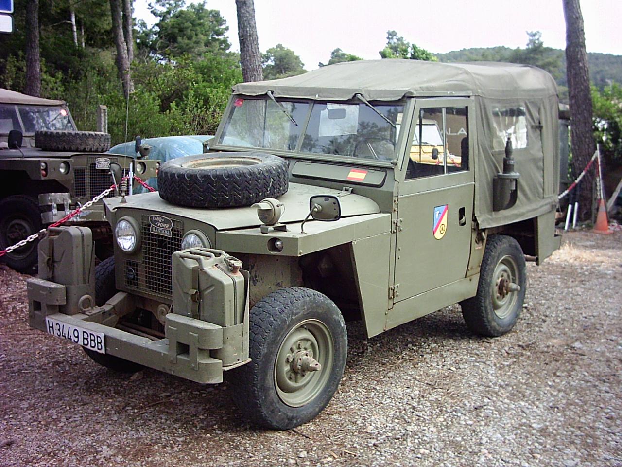 SPOTCAR-LAND-ROVER-88-MILITAR